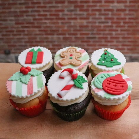 Deluxe Assortment Cupcakes w/ Christmas Theme Decorations