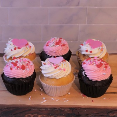 Valentine's (Feel the Love) Cupcakes (Box of 6)